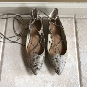 Pointed toe lace up flats, snakeskin